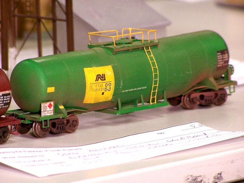 AN fuel tank