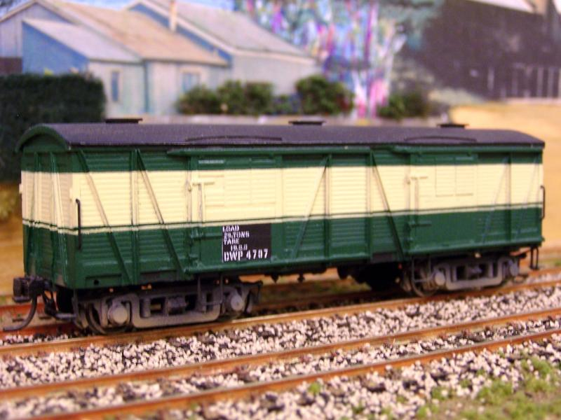 SAR DWP 4707 in centenary scheme, modified DW BGB kit by Gav