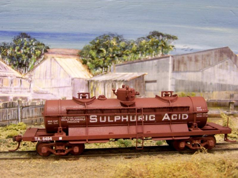Sulphuric Tank Wagon TA 8454, HO scale scratchbuilt, Kev Kav