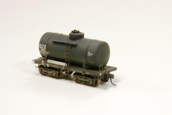 VR oil tank TWF 567 scratchbuilt by Bob Ackland