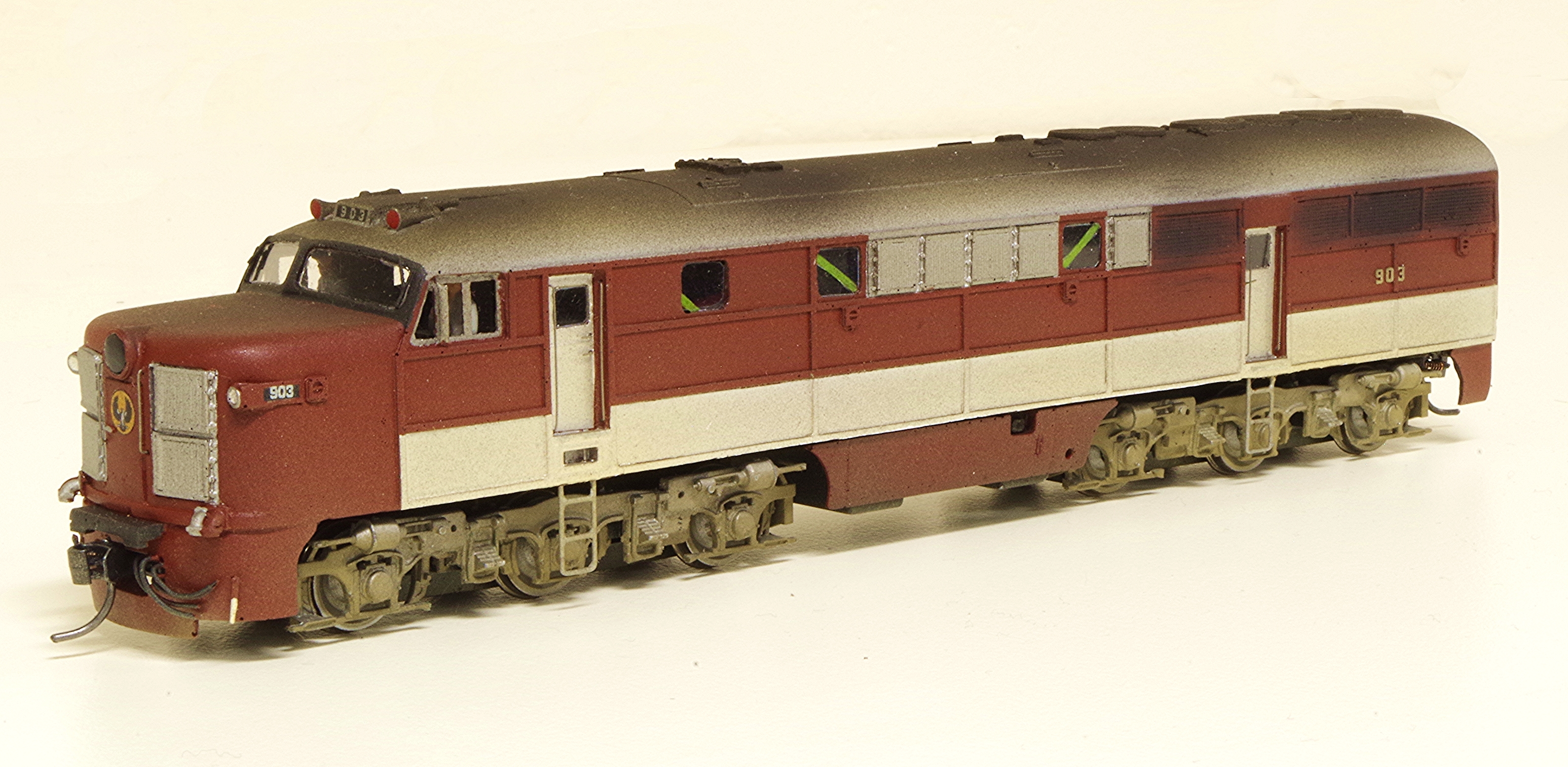 HO scale SAR 900 class diesel electric No.903